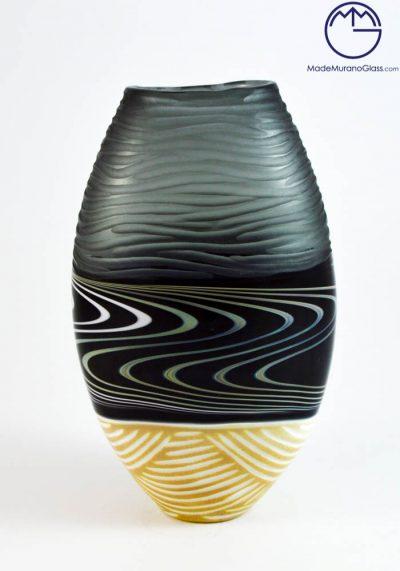 Isol – Engraved Murano Glass Vase
