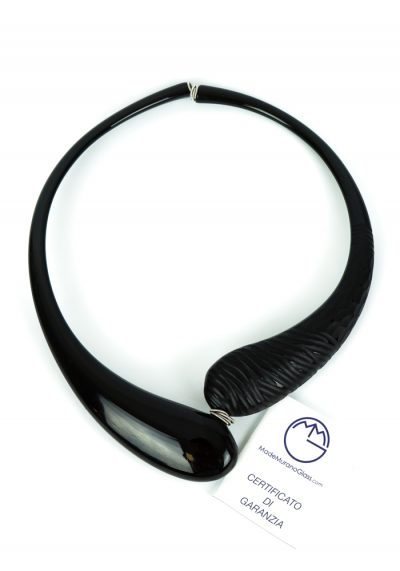 Agatha – Necklace Engraved Black – Made Murano Glass
